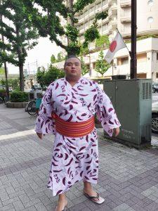 Sumo Wrestler – Always Looking Good in Public